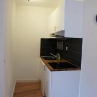 F2 - Kitchen