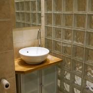 F3 - Bathroom
