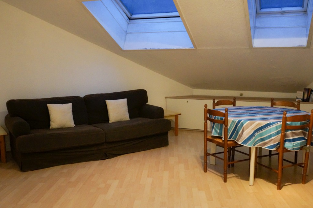 F3 - Livingroom